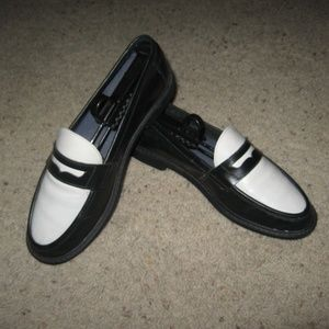 Cole Haan Womens Pinch Classic Loafers - 8.5 B